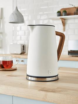 Five electric kettles for the perfect morning cuppa